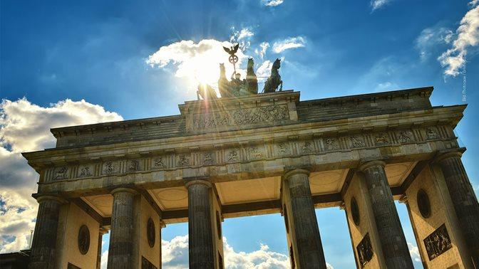 Bundestag elections in Germany, Brandenburg Gate in Berlin